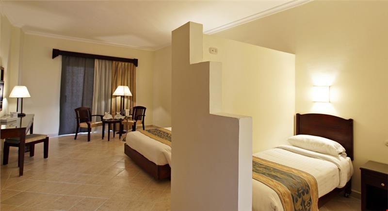 Parazita szállodában szállok meg