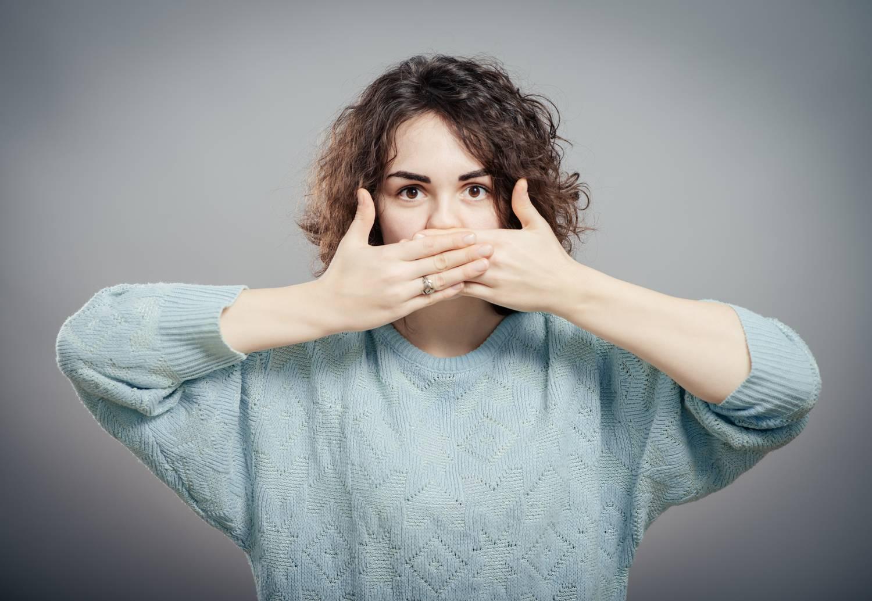 a barátnőm szája rossz szagú a paraziták veszélyesek az emberre